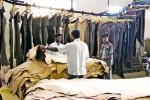 Plus de la moitié de la production du cuir est destinée au marché de la chaussure. (Photo Danwatch)