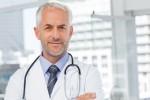 Les critères d'acceptation d'un médecin à la fois généraliste et spécialiste varient d'un assureur à l'autre. Photo: wavebreakmedia/shutterstock.com
