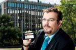 Comme Raphaël Ecuyer, contrôlez d'abord que la facture vous concerne et n'est pas prescrite. Photo: Jean-Luc Barmaverain