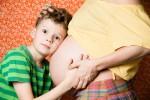 Depuis 2013, l'enfant à naître paie aussi sa prime maladie, une absurdité parfaitement légale - Shutterstock.com