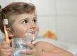 En application locale et mesurée, sans être avalé, le fluor est bénéfique pour les dents.  gorillaimages/shutterstock.com